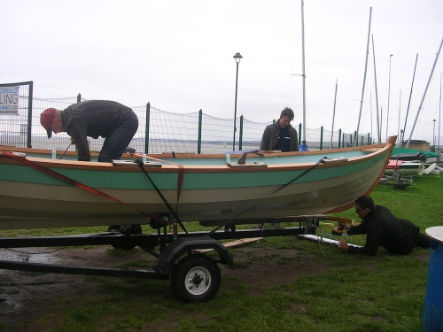 Trailering_up_the_skiff